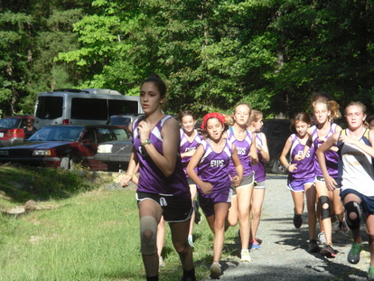 MS XC Girls Compete