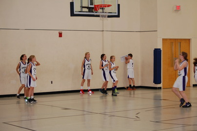 02.12.14MiddleSchoolbasketball2